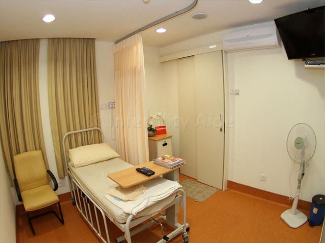 Patient room - Alpha Fertility center