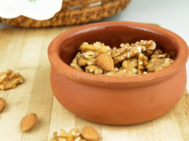 Have nuts to improve sperm health