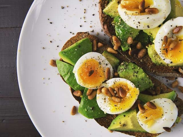Healthy fats for fertility diet